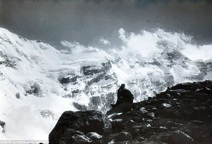 Взгляд на потрясающий Гималайский пейзаж. Фото Frank Smythe