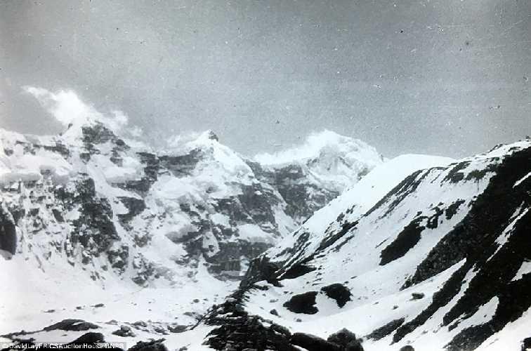 потрясающий Гималайский пейзаж. Фото Frank Smythe