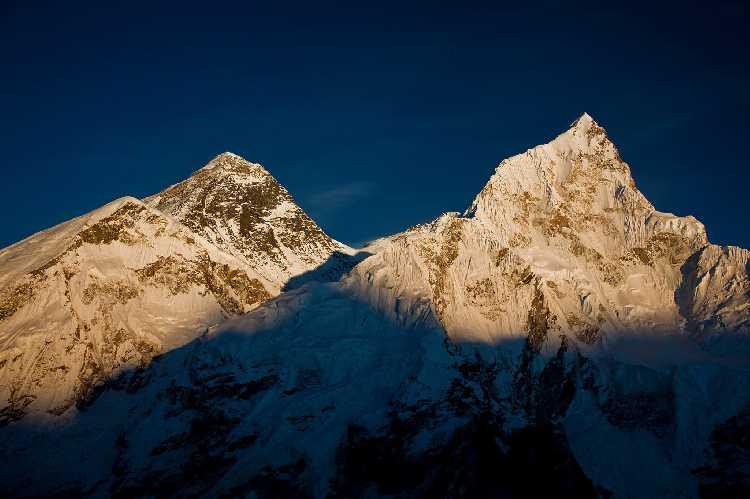 Эверест. Фото 7summit . kz
