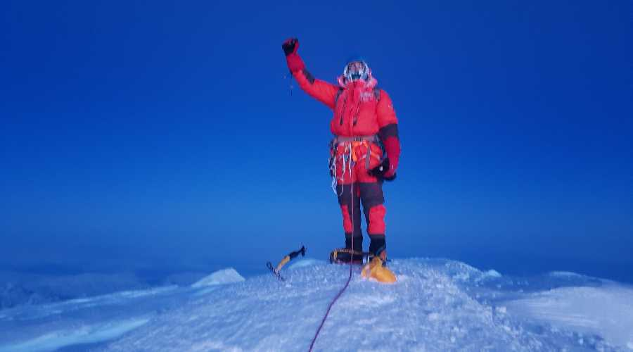Стив Плэйн (Steve Plain) на вершине Денали. 3 апреля 2018. Фото Steve Plain