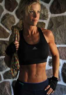 Канадская семивершинница Моник Ришард планирует первое в истории одиночное женское восхождение на высшую точку страны - гору Логан