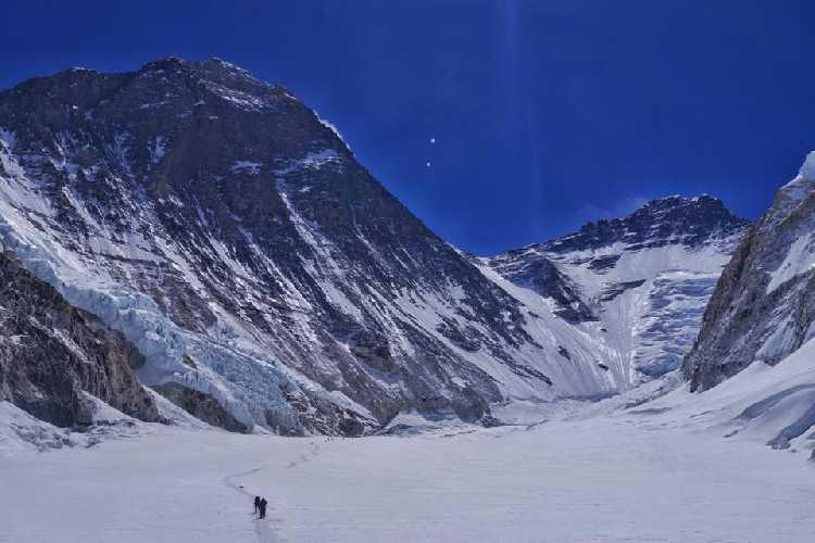 На пути во второй высотный лагерь Эвереста.Фото Тарас Поздний