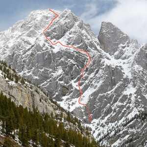 Американо-Новозеландская женская команда открывает новый большой маршрут в Канаде на вершину горы Блан