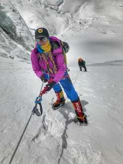 Украинская экспедиция на Эверест и Лхоцзе: Ирина Галай поднялась в третий высотный лагерь