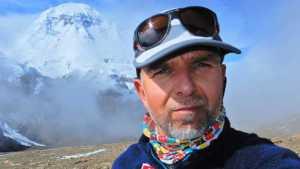 На восьмитысячнике Шишабангма пропал без вести известный болгарский альпинист Боян Петров