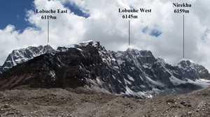 При попытке восхождения на вершину горы Лобуче в Непале умер японский альпинист