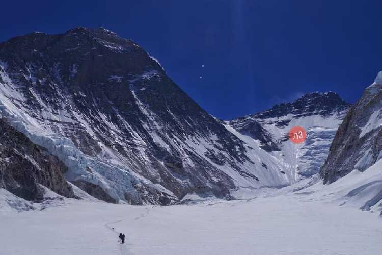 На пути в третий высотный лагерь Эвереста.Фото Тарас Поздний