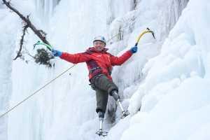 На Эверест и Аннапурну поднялись альпинисты - инвалиды