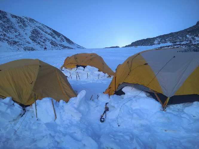 Высотный лагерь на Лхоцзе. Фото Оксана Морнева