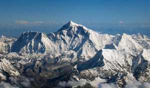 Эверест 2018 года: рекордный сезон на высочайшей вершине мира