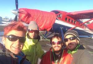 Французские альпинисты открывают новые маршруты на Аляске
