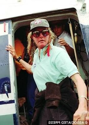 Шарлотта Фокс (Charlotte Fox). 15 мая 1996 года. Катманду. После спасательной операции на Эвересте