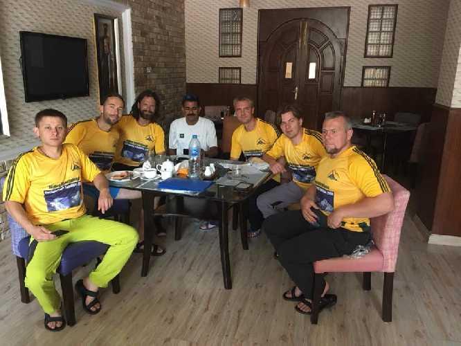 Украинская команда в Исламабаде