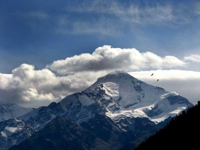 """Тетнульд. Фото: """"Кулуар - походы в горы мира"""""""