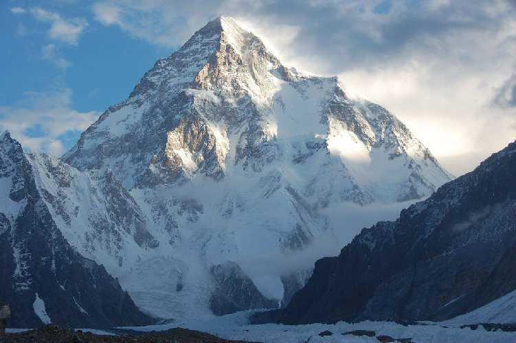 восьмитысячник К2 (K2 / Chogori, 8611м). Фото Gangaamaa Badamgarav