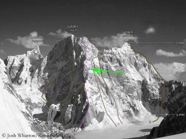 Зеленая точка  - место нахождения Александра Гукова. Фото mountain.ru
