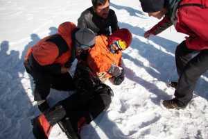 Проведя 7 дней в ловушке на горе Латок I был спасен Александр Гуков