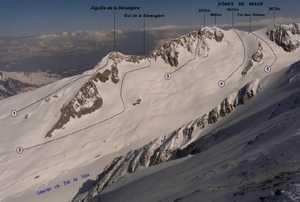 На Монблане погибли три французских альпиниста