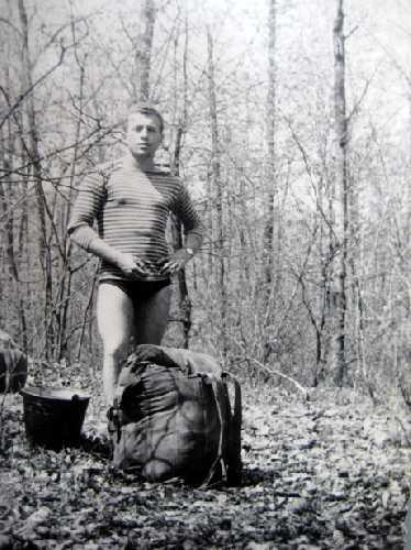 1-е мая 1962г. Трёхдневный традиционный тур.-альп. слёт на реке Донец, Коробовы Хутора. Фото из архива Вадима Бялого