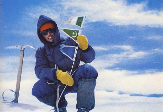 Вальтер Бонатти на вершине Гашербрум IV (GasherbrumIV) 7925 м
