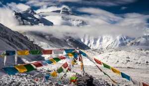 Необычайно влажная погода на Эвересте может быть предвестником кардинальных перемен в климате Земли