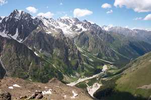 Украинский альпинист погиб при восхождении на вершину Малый Укью в горах Кабардино-Балкарии