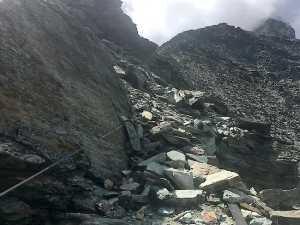 Обвал на Маттерхорне: закрыт маршрут восхождения, альпинистов эвакуировали на вертолете