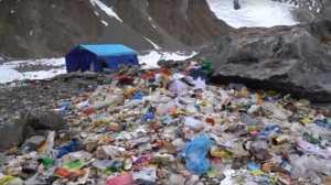Экспедицию польских альпинистов обвиняют в замусоривании восьмитысячника К2