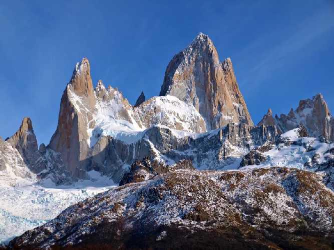Фицрой (Cerro Fitzroy) внедалеке от Эль Чалтен в Патагонии. На границе Чили и Аргентины. Фото Todor Bozhinov