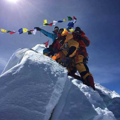 Манаслу (Manaslu, 8156 м). Фото makaluextrem.net