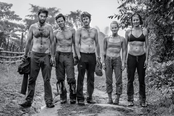 Команда 2014 года: Ренан Озтюрк (Renan Ozturk),Марк Дженкинс (Mark Jenkins),Кори Ричардс (Cory Richards), Эмили Харрингтон (Emily Harrington), Хилари О