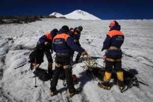 На Эльбрусе появились стационарные спасательные посты