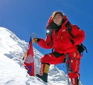 Марин Минамия - самая юная альпинистка в мире, завоевавшая