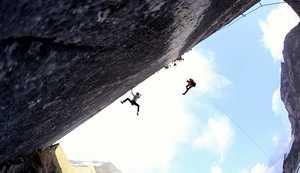 Пирмин Бертле открывает свой второй, сложнейший маршрут на скалах Швейцарии: