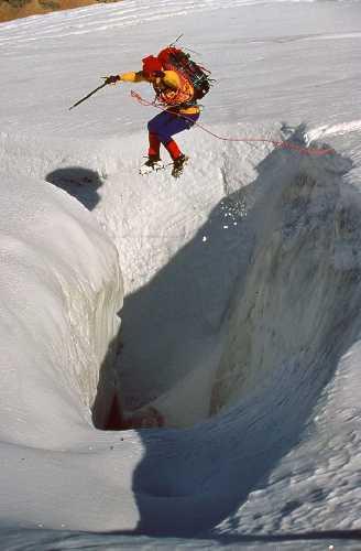 Джефф Лоу (Jeff Lowe) в Канадских Скалистых Горах.Фото из архива Jeff Lowe
