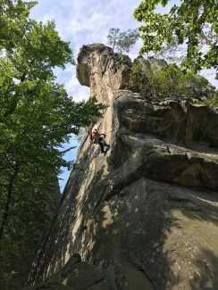 На скалах Довбуша появились 4 новых скалолазных маршрута