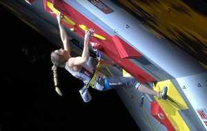Джессика Пильц выиграла Чемпионат Мира по скалолазанию в дисциплине трудность
