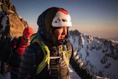 Французская альпинистка Лив Санcоз стала первой в стране и одной из немногих в мире женщин, которые смогли пройти все 82 высочайших вершин Альп