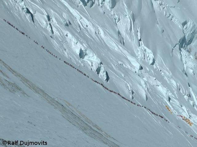 Эверест. май 2012. Фото Ralf Dujmovits