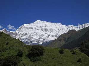 Девять альпинистов погибли при восхождении на гору Гурджа в Непале