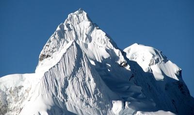 Давид Лама совершил первое в истории восхождение на вершину Лунаг Ри высотой 6895 метров в Непале