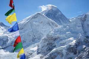 Пять туристов, включая одного украинца погибли у Эвереста за минувшие три недели
