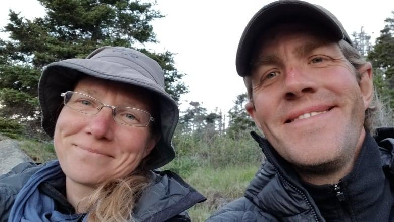 Соня Ричмонд (Sonja Richmond) и её партнер Шон Мортон (Sean Morton) из Онтарио. Фото explorersweb . com