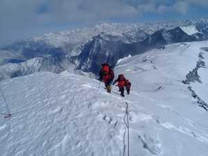 Команда Кыргызстана стала победителем в Чемпионате мира по альпинизму в высотном классе