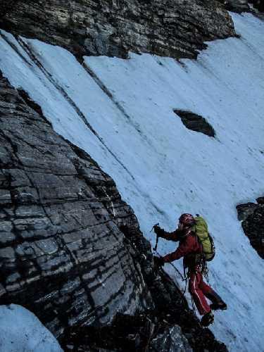 Ян Вельстед (Ian Welsted) и Брандон Пуллан (Brandon Pullan) на северной стене горы Норт Твин (North Twin). Фото Ian Welsted