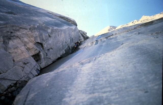 Барри Бланчард (Barry Blanchard) и Дейв Чизмонд (Dave Cheesmond) в восхождении на северную стену горы Норт Твин (North Twin). Фото Dave Cheesmond