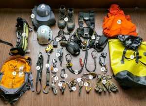 Что в рюкзаке у профессионала в области работы на высоте?