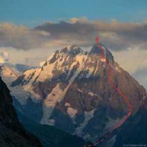 Ушба – мечта и жизнь альпиниста: по юго – западному гребню.