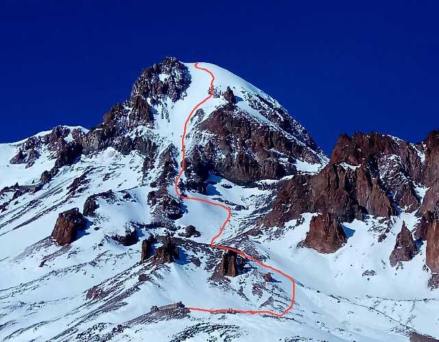 Маршрут восхождения киевских альпинистов на Казбек. Фото Александр Корец