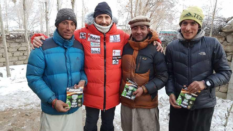 Портеры в команде Алекса Тикона. Фото Alex Txikon
